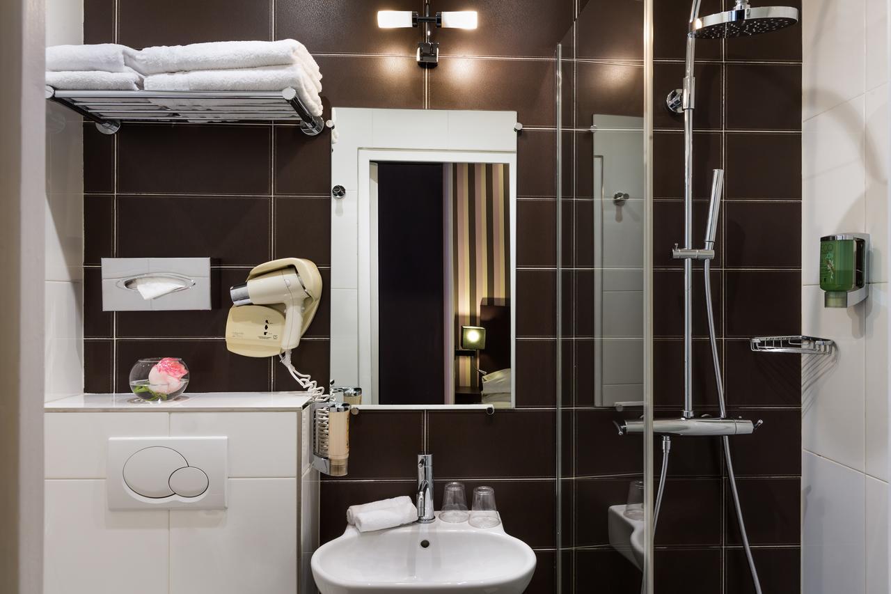 salle de bain 1- hôtel star champs-élysées